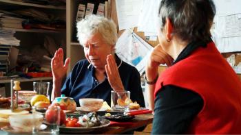 Lotte Ingrisch und Linde Waber beim Atelierfrühstück 2018